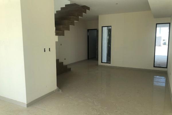 Foto de casa en venta en  , los viñedos, torreón, coahuila de zaragoza, 8902569 No. 01
