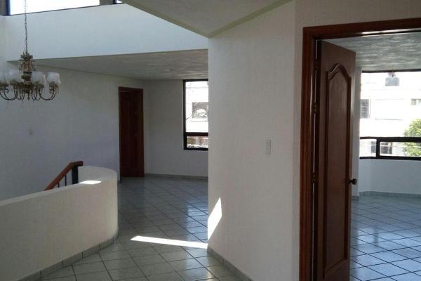 Foto de casa en venta en  , los virreyes, querétaro, querétaro, 14022582 No. 02