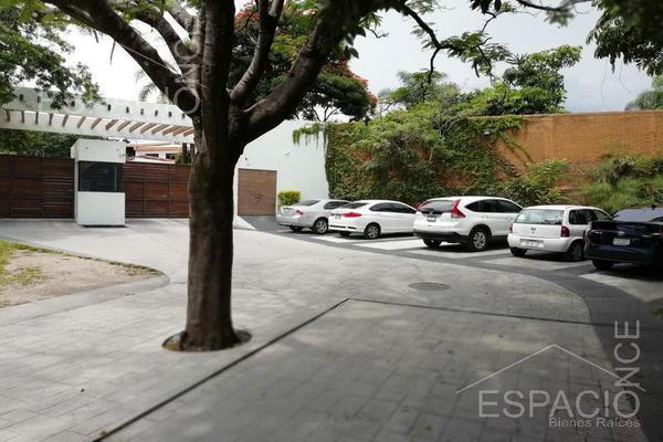 Foto de terreno habitacional en venta en  , los volcanes, cuernavaca, morelos, 18508703 No. 02