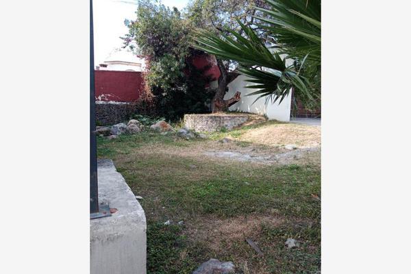 Foto de terreno habitacional en venta en  , los volcanes, cuernavaca, morelos, 18588094 No. 01