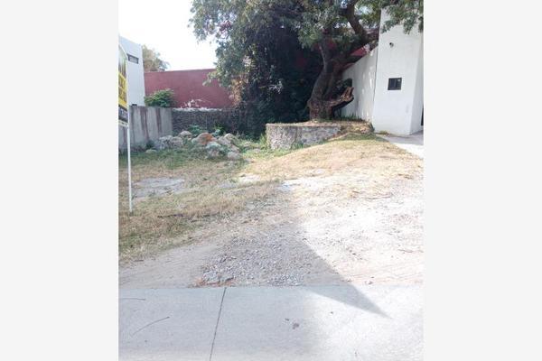 Foto de terreno habitacional en venta en  , los volcanes, cuernavaca, morelos, 18588094 No. 02