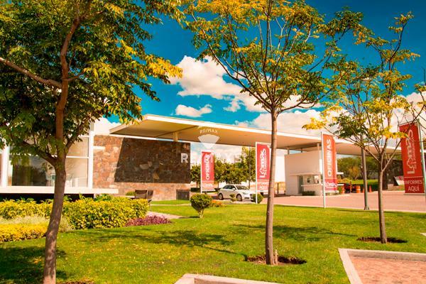 Foto de terreno habitacional en venta en lote , juriquilla, querétaro, querétaro, 8187423 No. 01