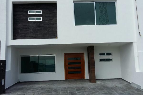 Foto de casa en venta en lucépolis , milenio iii fase a, querétaro, querétaro, 3055672 No. 01