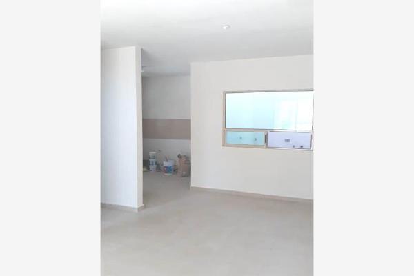 Foto de casa en venta en  , magisterio sección 38, saltillo, coahuila de zaragoza, 0 No. 03