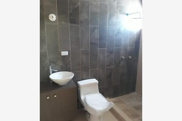 Foto de casa en venta en  , magisterio sección 38, saltillo, coahuila de zaragoza, 0 No. 05