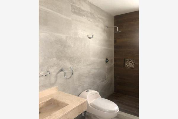 Foto de casa en venta en  , magisterio sección 38, saltillo, coahuila de zaragoza, 0 No. 06