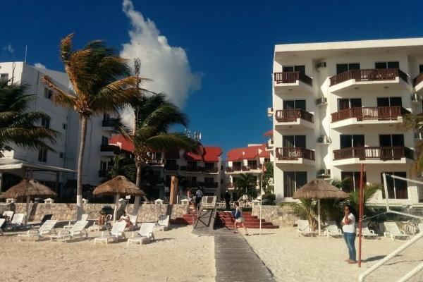 Foto de edificio en venta en  , mar caribe, isla mujeres, quintana roo, 6152994 No. 02
