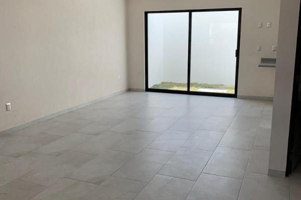Foto de casa en venta en maravillas , residencial el refugio, querétaro, querétaro, 14037307 No. 02