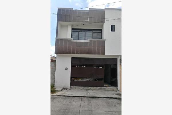 Foto de casa en venta en  , mariano escobedo, morelia, michoacán de ocampo, 5936884 No. 02