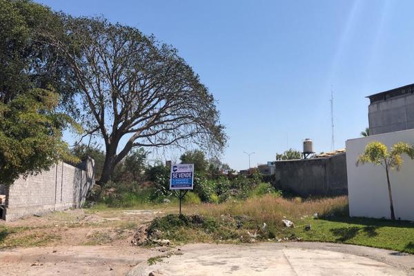 Foto de terreno habitacional en venta en marmol , paseo de la cantera, colima, colima, 18579225 No. 01