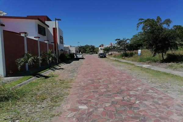 Foto de terreno habitacional en venta en mármol , paseo de la cantera, colima, colima, 0 No. 15