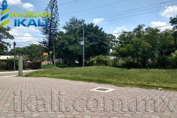 Foto de terreno habitacional en venta en matamoros esquina con leopoldo kiel , álamo, álamo temapache, veracruz de ignacio de la llave, 8326121 No. 01
