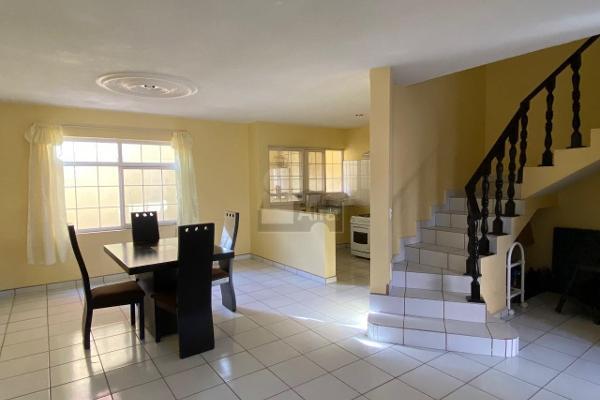 Foto de casa en venta en media vuelta , el cantar, celaya, guanajuato, 12271205 No. 01