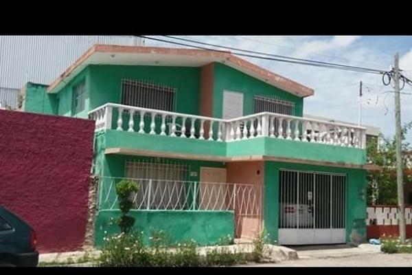 Foto de casa en venta en  , merida centro, mérida, yucatán, 14028701 No. 02