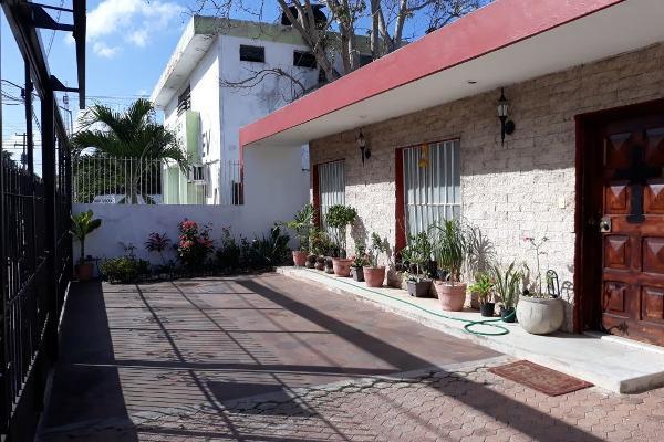 Foto de casa en venta en  , merida centro, mérida, yucatán, 5390500 No. 02