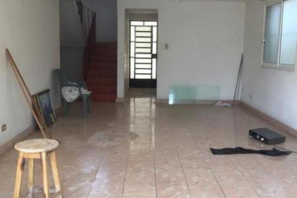 Foto de casa en venta en  , merida centro, mérida, yucatán, 7974893 No. 02