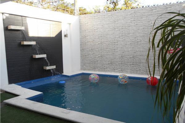 Foto de casa en venta en  , merida centro, mérida, yucatán, 8137909 No. 05