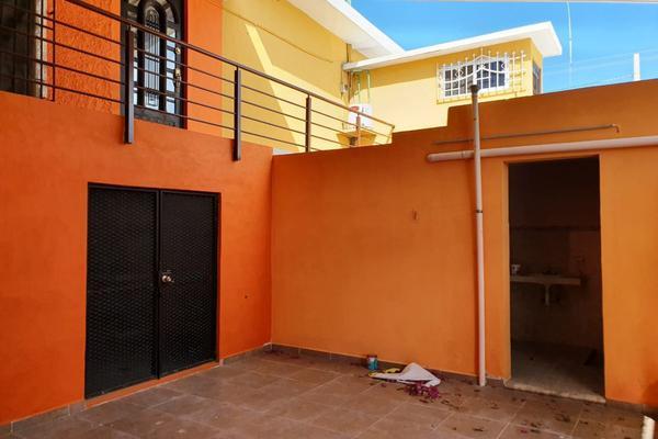 Foto de casa en venta en  , merida centro, mérida, yucatán, 9944372 No. 03