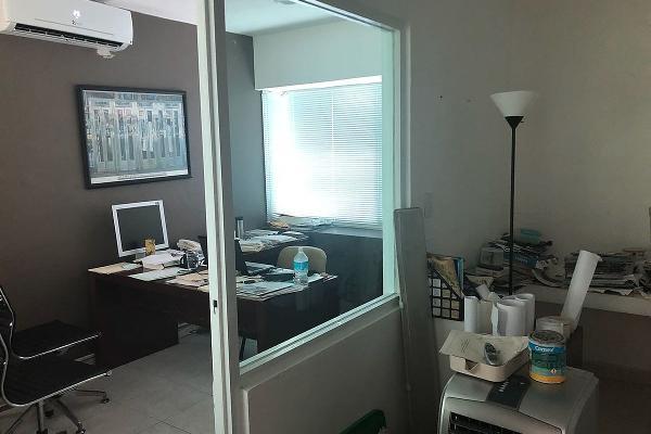 Foto de oficina en venta en  , méxico norte, mérida, yucatán, 14027985 No. 02
