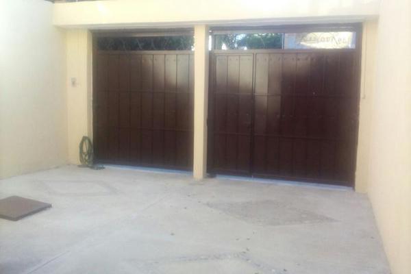 Foto de casa en venta en  , mezquital, gómez palacio, durango, 7977987 No. 01
