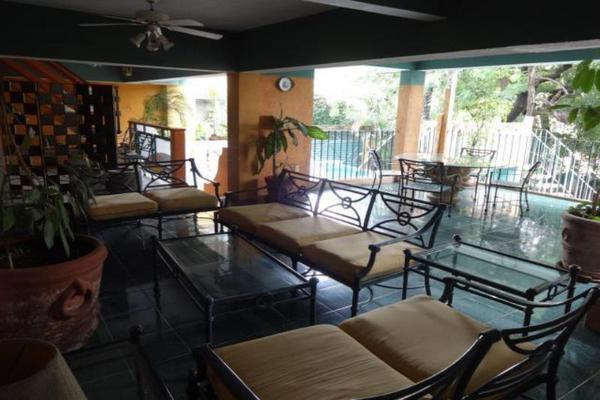 Foto de casa en venta en  , miguel hidalgo, cuernavaca, morelos, 5886692 No. 02