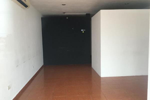 Foto de local en venta en  , miguel hidalgo, mérida, yucatán, 2636004 No. 02