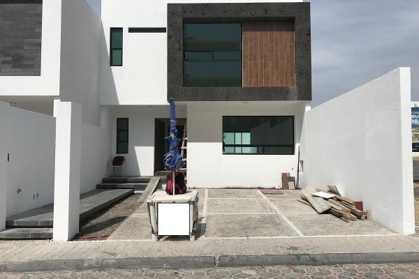 Foto de casa en venta en  , milenio iii fase a, querétaro, querétaro, 14034386 No. 01
