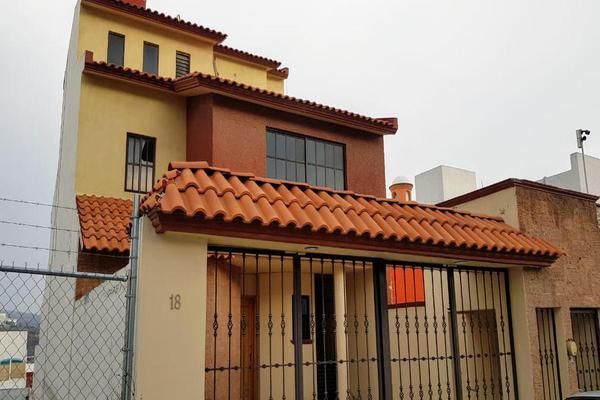 Foto de casa en venta en  , milenio iii fase a, querétaro, querétaro, 8024851 No. 01