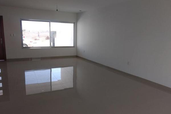 Foto de casa en venta en  , milenio iii fase b sección 10, querétaro, querétaro, 0 No. 18