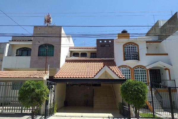 Foto de casa en venta en  , mirador de san isidro, zapopan, jalisco, 12268714 No. 01