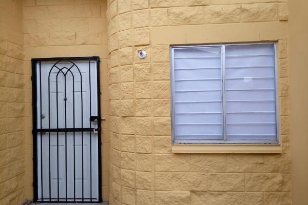 Foto de casa en venta en  , miramapolis, ciudad madero, tamaulipas, 12837699 No. 02