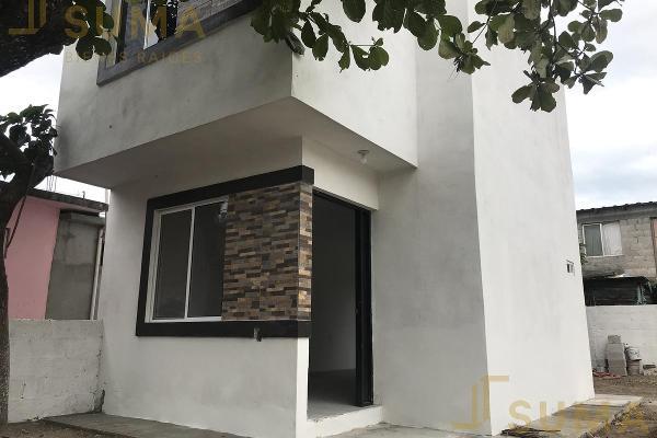 Foto de casa en venta en  , miramar, altamira, tamaulipas, 17801200 No. 02