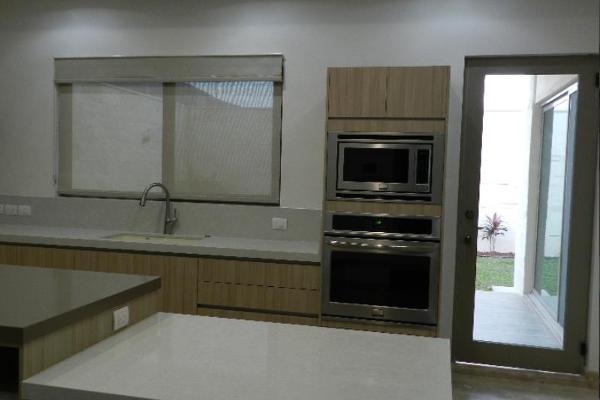 Foto de casa en venta en  , mirasierra 3er sector, san pedro garza garcía, nuevo león, 5380115 No. 05