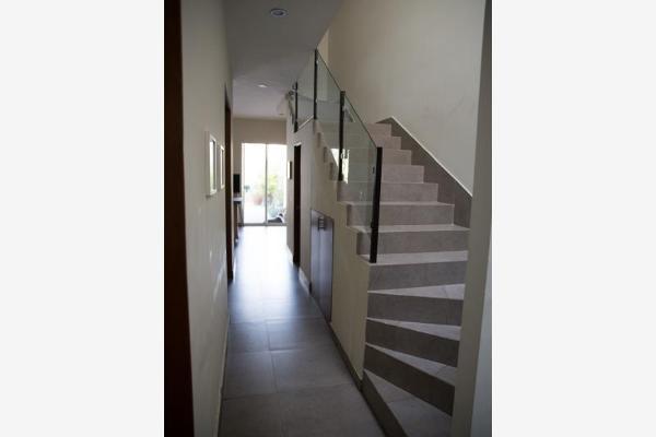 Foto de casa en venta en  , mirasierra 3er sector, san pedro garza garcía, nuevo león, 9916849 No. 06