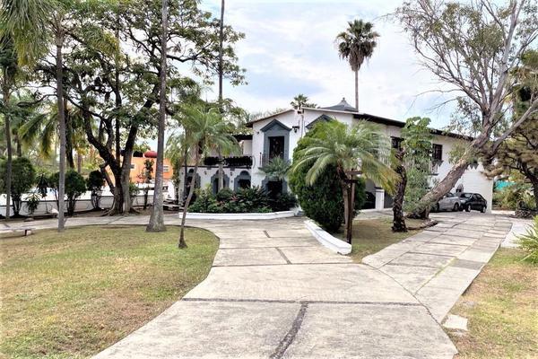 Foto de casa en venta en  , miraval, cuernavaca, morelos, 11996707 No. 01