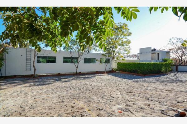 Foto de edificio en venta en  , miraval, cuernavaca, morelos, 13293899 No. 02
