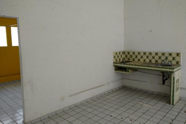 Foto de terreno comercial en venta en  , miraval, cuernavaca, morelos, 16355903 No. 04