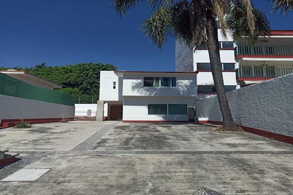 Foto de casa en venta en  , miraval, cuernavaca, morelos, 19046039 No. 02