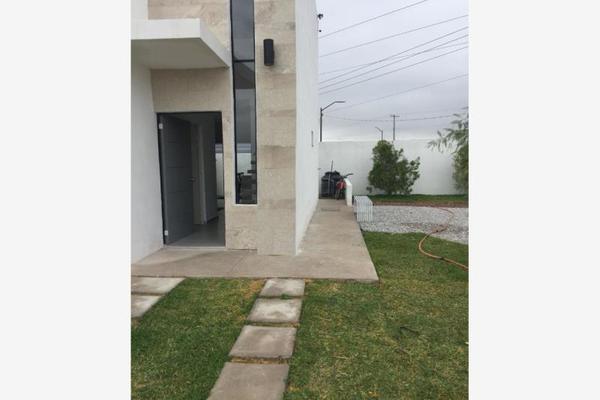 Foto de casa en venta en  , miravalle, gómez palacio, durango, 8861695 No. 01
