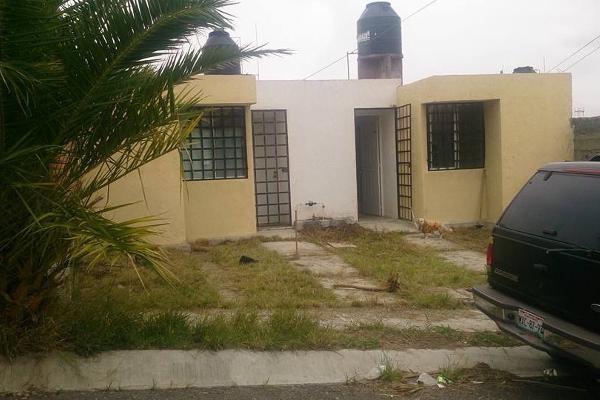 Foto de casa en venta en  , mision del valle, morelia, michoacán de ocampo, 2637960 No. 01
