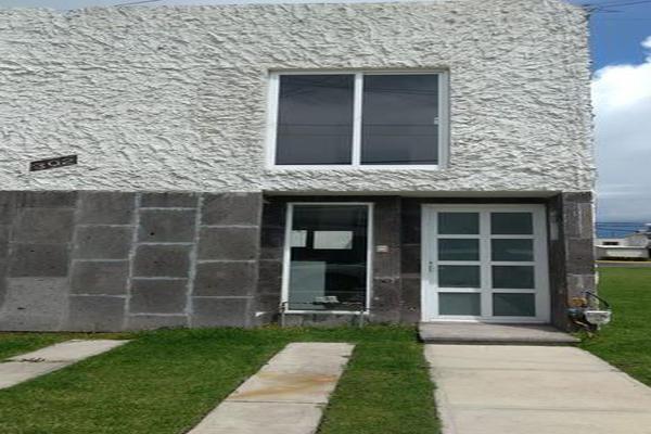 Foto de casa en venta en  , misiones de santa esperanza, toluca, méxico, 7918740 No. 02
