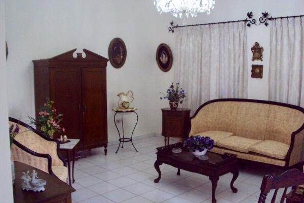 Foto de casa en venta en  , monte alban, mérida, yucatán, 14028657 No. 05