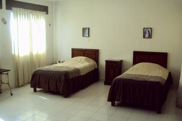Foto de casa en venta en  , monte alban, mérida, yucatán, 14028657 No. 09