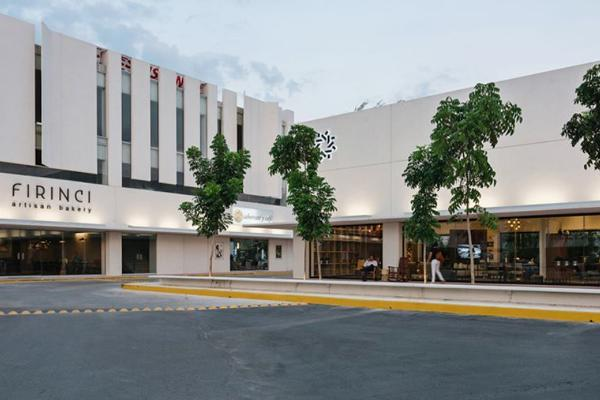 Foto de local en renta en  , montebello, mérida, yucatán, 13470058 No. 02