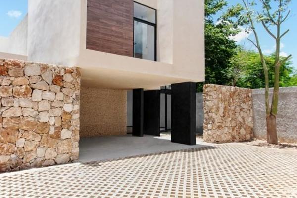 Foto de casa en venta en  , montebello, mérida, yucatán, 13478616 No. 02