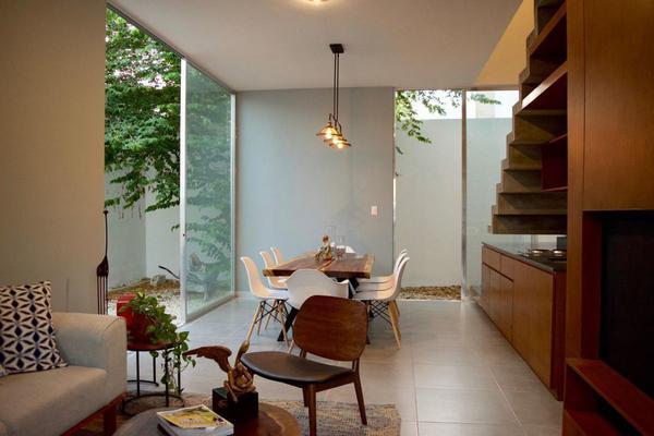 Foto de casa en venta en  , montebello, mérida, yucatán, 14028912 No. 02