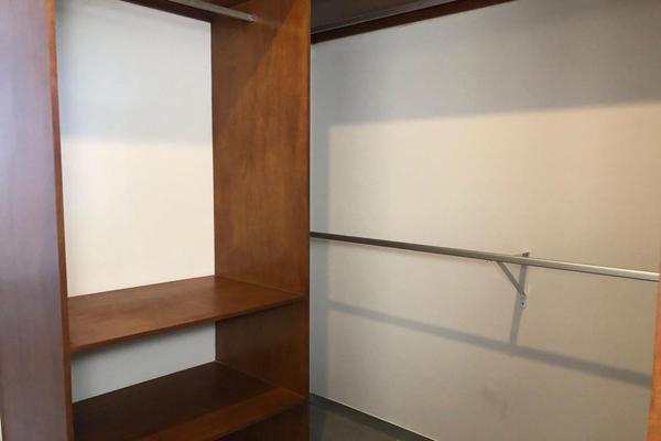 Foto de casa en venta en  , montebello, mérida, yucatán, 14028912 No. 31