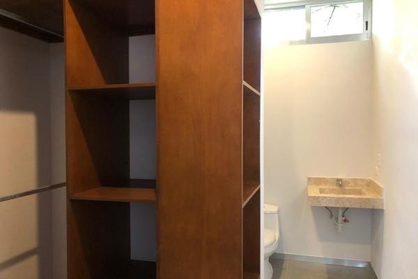 Foto de casa en venta en  , montebello, mérida, yucatán, 14028912 No. 32