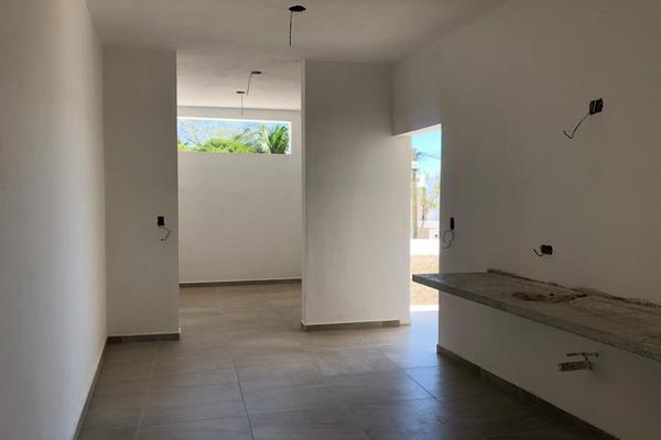 Foto de casa en venta en  , montebello, mérida, yucatán, 14028920 No. 08