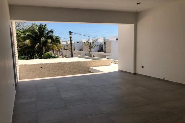 Foto de casa en venta en  , montebello, mérida, yucatán, 14028920 No. 09